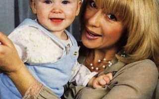 7 звездных детей, которых родили суррогатные мамы